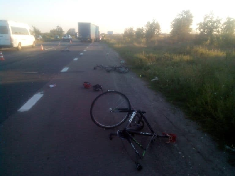 ДТП із велосипедистами на Київщині: загиблий хлопчик щойоно вступив до училища