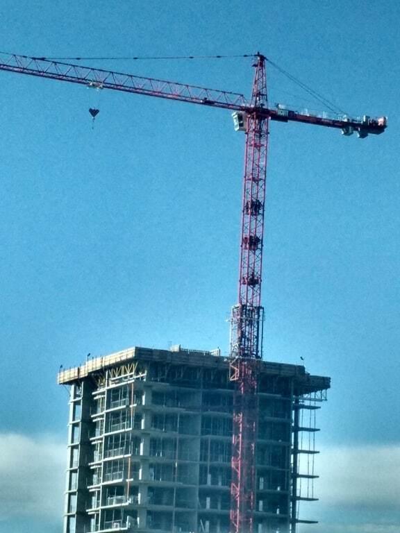 В Канаде мужчина попытался украсть строительный кран