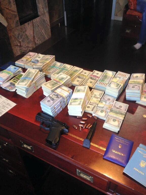 У Києві прокуратура вилучила в нелегальних обмінниках близько 19 млн грн