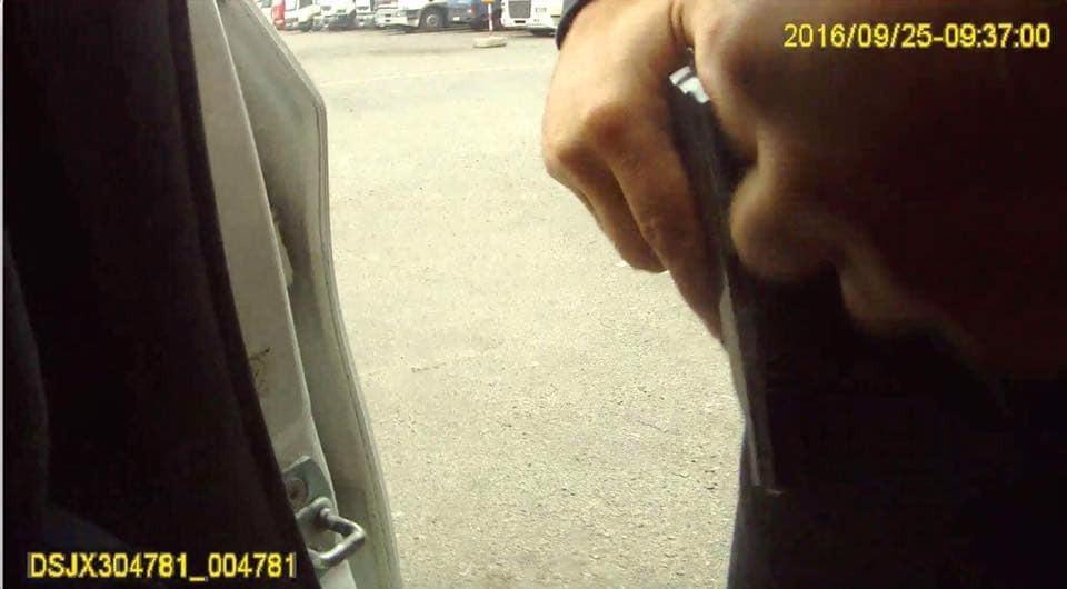 Розстріл копів у Дніпрі: у МВС пояснили, хто поранив убивцю патрульних