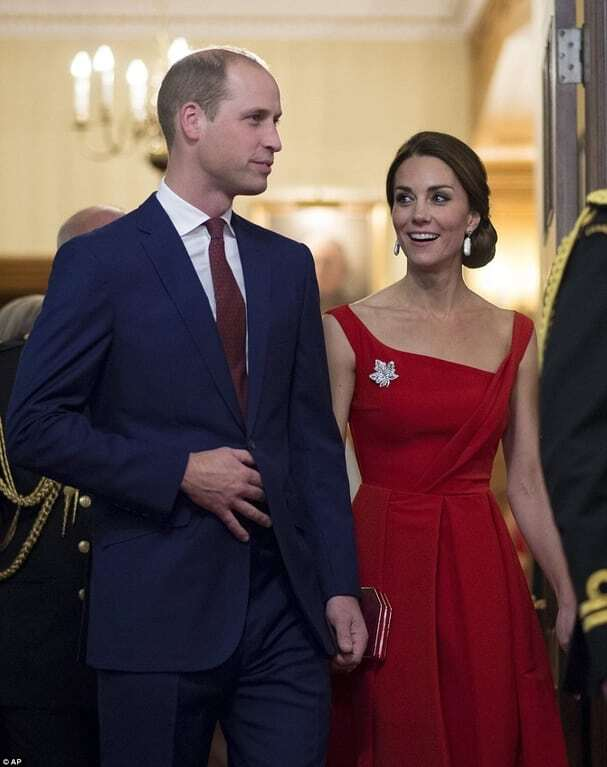 Кейт Міддлтон у розкішній червоній сукні викликала фурор на прийомі в Канаді