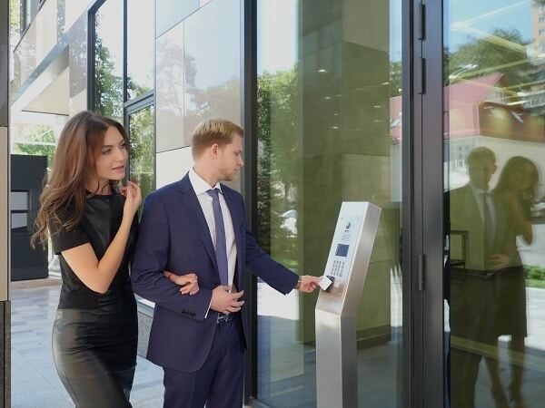 Вперше в країні стартували продажі житла у введеному в експлуатацію об'єкті з готовою документацією на квартири