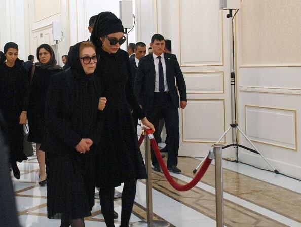 Старша дочка Карімова не прийшла на похорон батька
