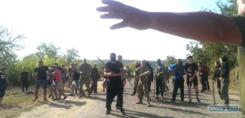 На Одещині сталася масова бійка зі стріляниною через врожай соняшнику