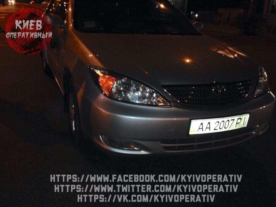 У Києві авто із водієм, п'яним як чіп, протаранило машину з дітьми