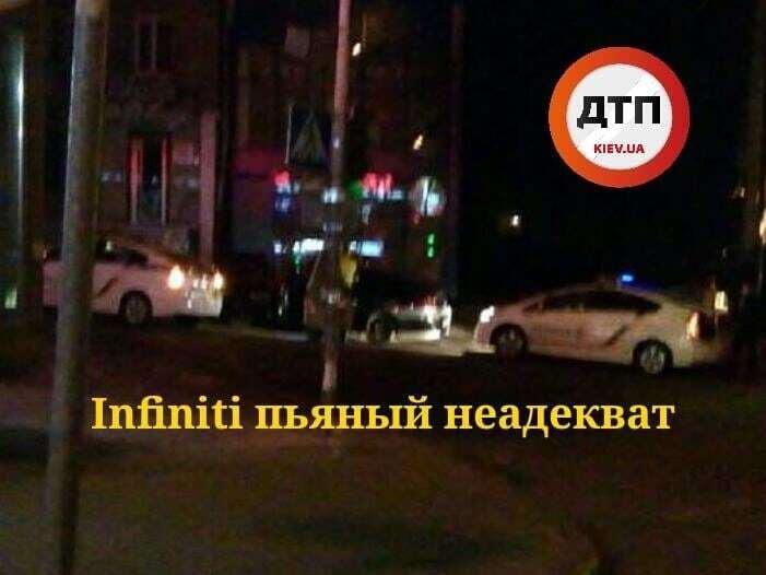 У Києві п'яна компанія на Infiniti намагалася обдурити копів