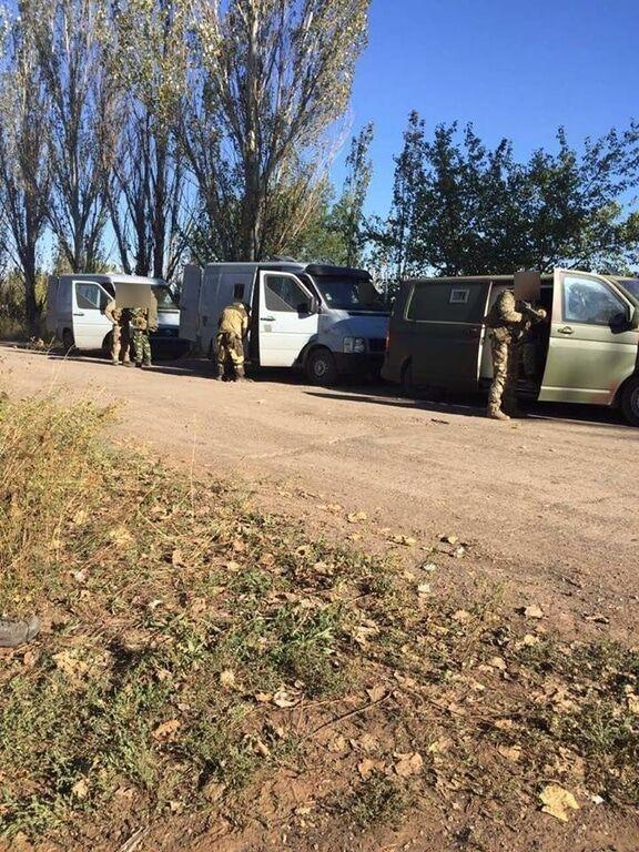 """Спецоперація в """"сірій зоні"""": на Донбасі перекрили найбільший канал постачання терористів"""