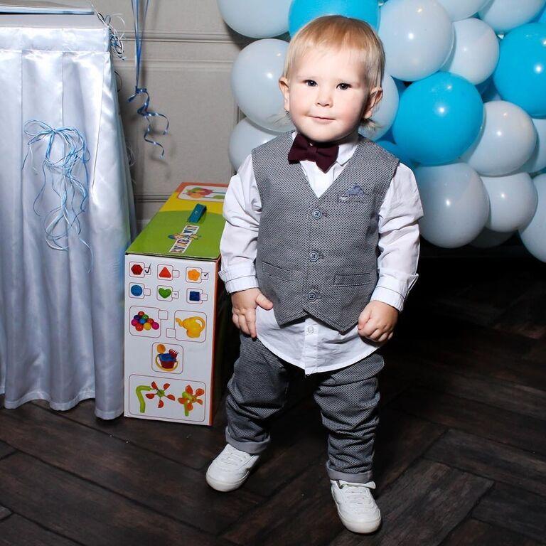 Стиляга: появились фото, как Ребров с женой отметили день рождения сына