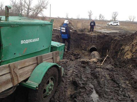 Прорвало трубопровод: 250 тысяч жителей Луганска остались без воды