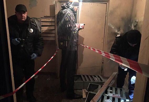 Сюрприз в почте: в киевском подъезде взорвалась граната