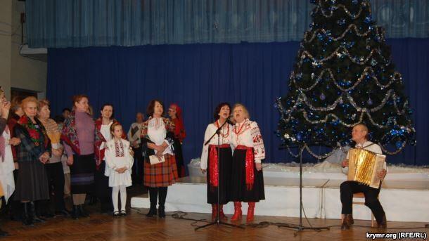Сорвали аплодисменты: в оккупированном Севастополе исполнили украинские песни
