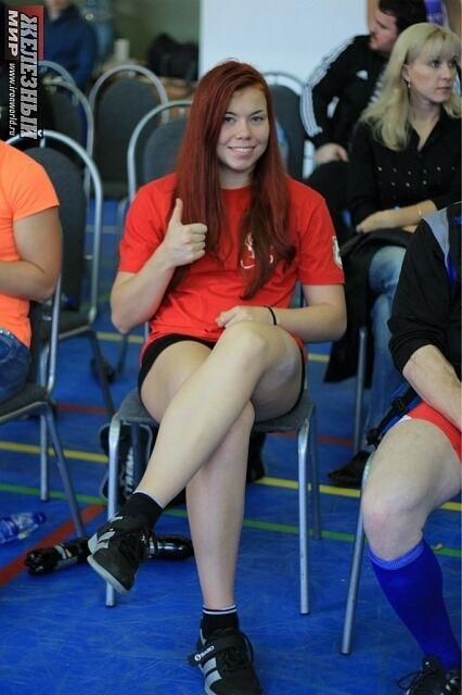 17-річна чемпіонка з Білорусі похвалилася лесбійським відео з партнеркою по команді
