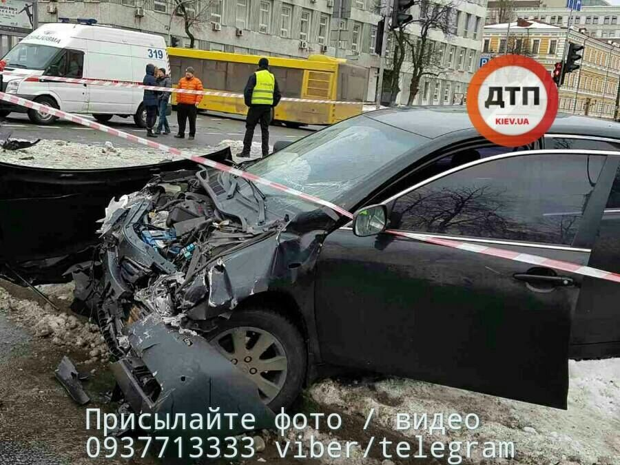 Страшное ДТП в центре Киева: девушка погибла на месте
