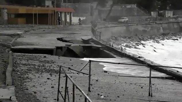 Крым превратили в военную базу: в сети показали, как оккупанты уничтожают полуостров