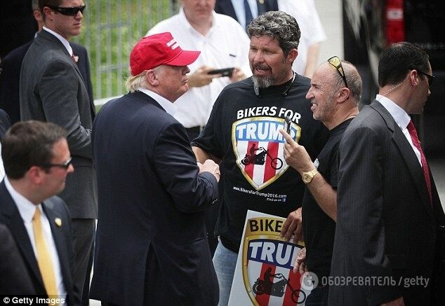 """Как """"волки"""" друга Путина: Трамп завел себе личных боевых байкеров"""