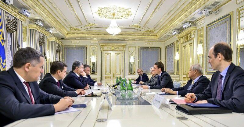 Порошенко попросил усилить потенциал ОБСЕ на оккупированном Донбассе