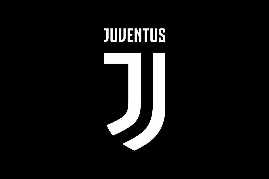 Глубинка отжигает: в России эпично потроллили лучший футбольный клуб Италии