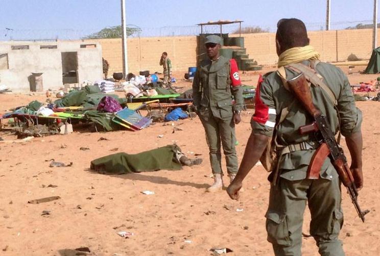 З'явилися перші фото з Малі: смертник знищив понад півсотні людей
