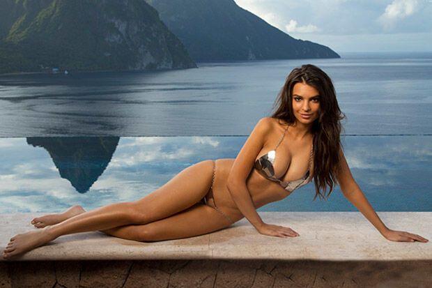 """Новый логотип """"Ювентуса"""" представила модель, прославившаяся съемками топлес"""