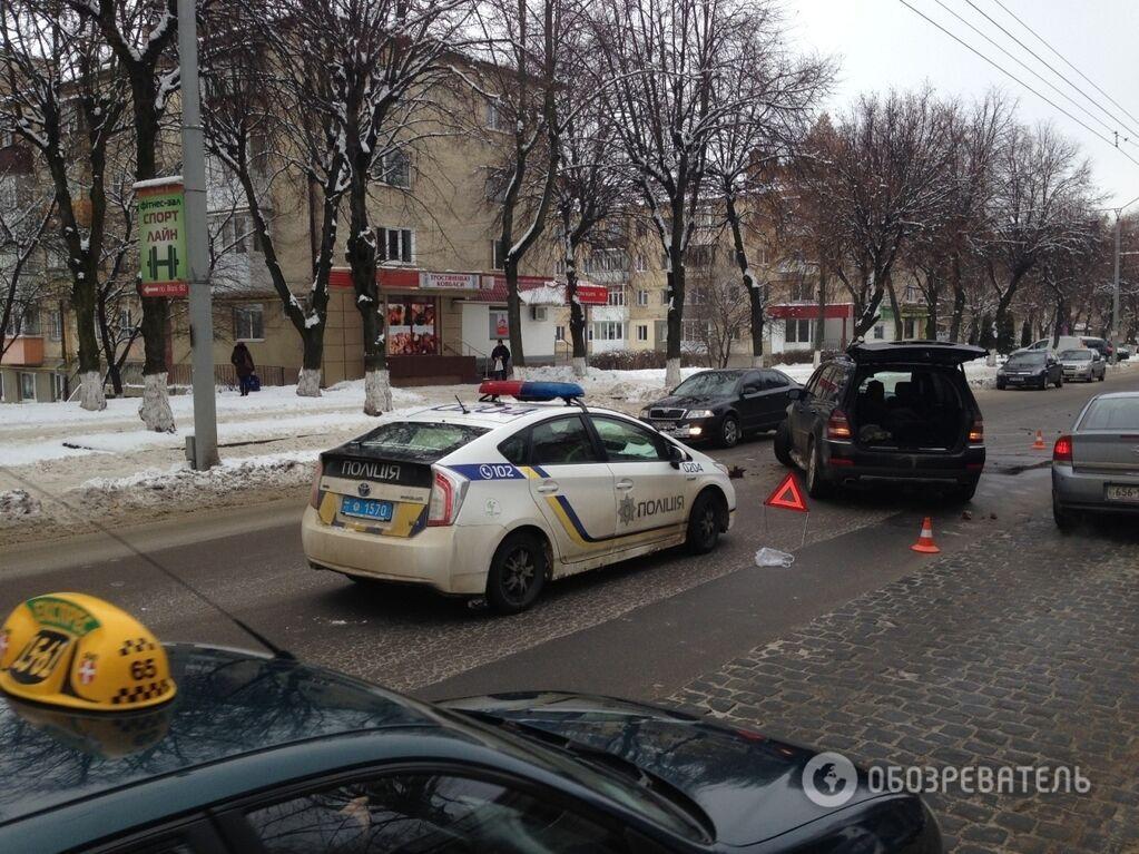 У центрі Луцька тверезий водій влаштував ДТП на рівному місці