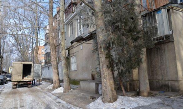 В Николаеве изверг три дня издевался над девушкой, запертой в квартире