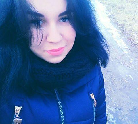 У Києві зникла дівчина, у якої напередодні помер батько