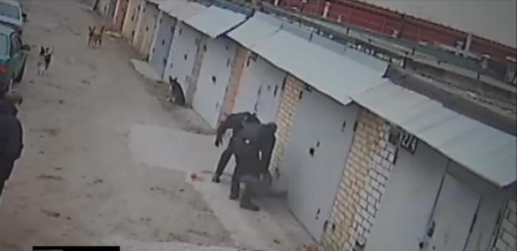 Скандал із копами в Києві: розпочато розслідування побиття перехожого