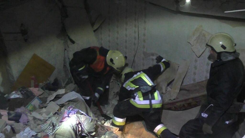 Взрыв в Сумах: опубликованы новые фото и видео с места происшествия