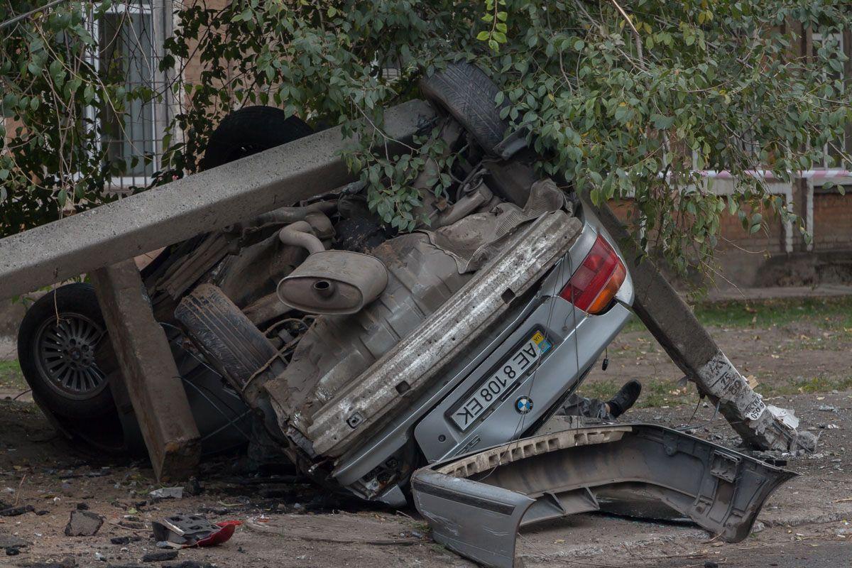 BMW влетіло в стовп