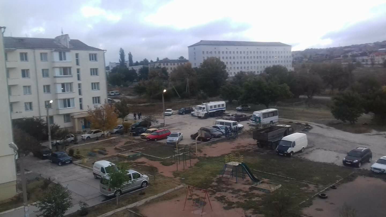 Шьют терроризм: силовики оккупантов устроили обыски у крымских татар