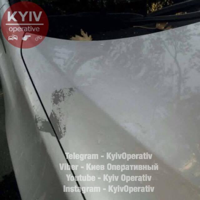 УКиєві за ніч облили кислотою близько 30 автівок