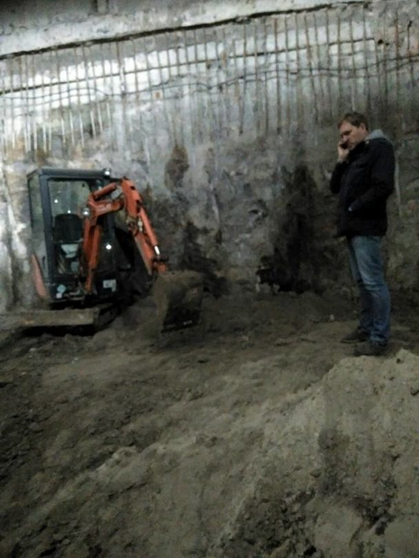 В Киеве разгорелся скандал из-за строительства ТЦ на Почтовой площади