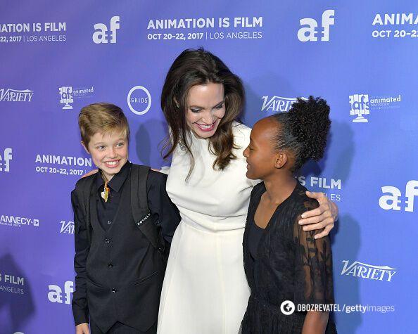 Анджеліна Джолі з дочками Шайло і Захарою