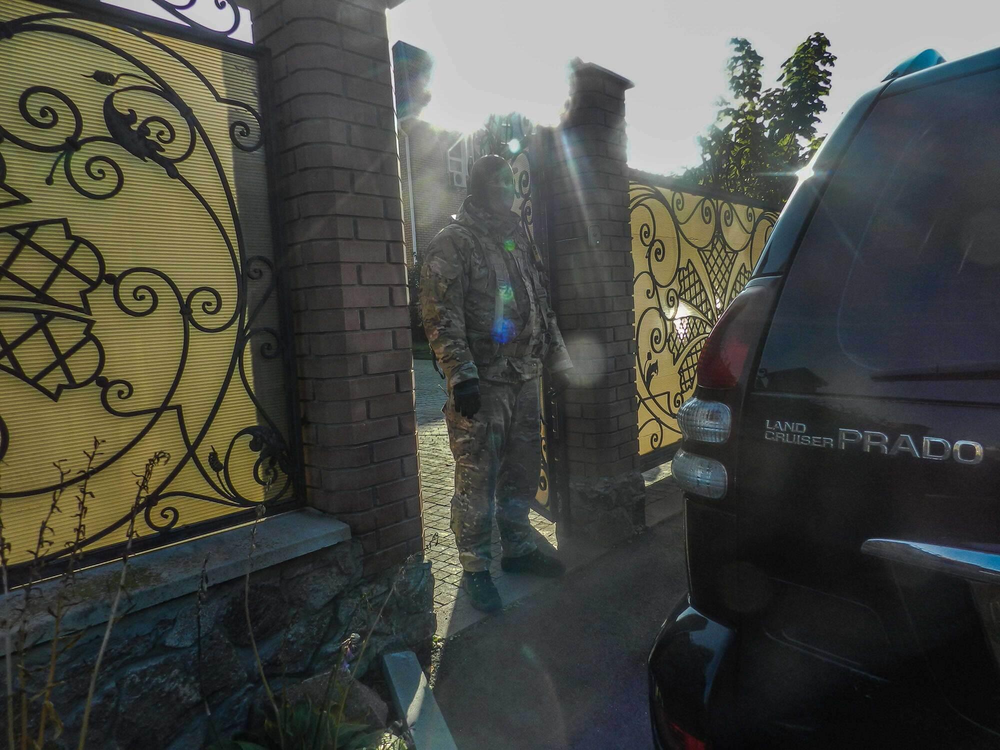 """Скандальная застройка под Киевом: к протестующим применили """"тяжелую артиллерию"""""""