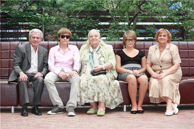 2011 год - Ксения с семьей