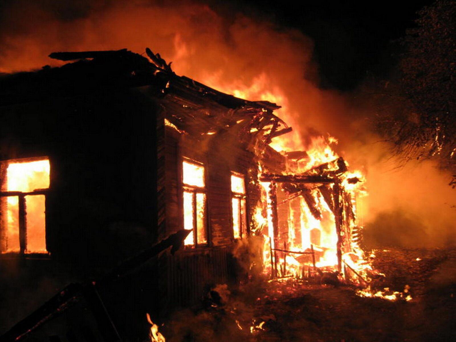 Под Запорожьем вспыхнул частный дом
