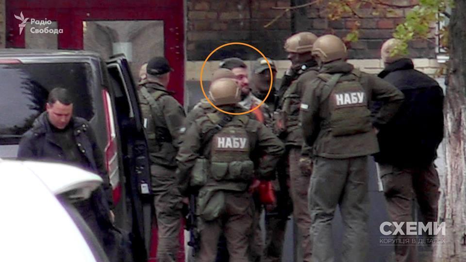 Задержанного сына Авакова доставили в НАБУ