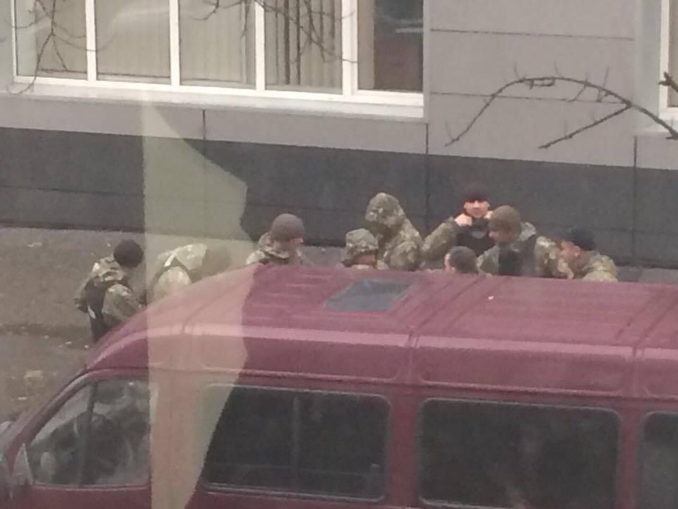 Справа рюкзаків для МВС: з'явилися фото обшуків у Авакова