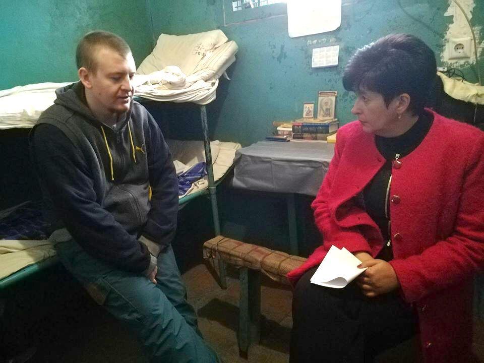 Задержанный наДонбассе житель россии Агеев сидит вкамере сиконами