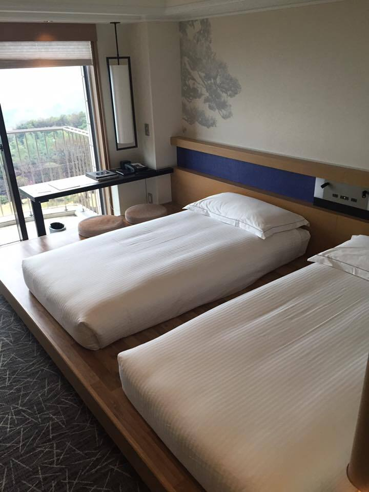 _hotel family room