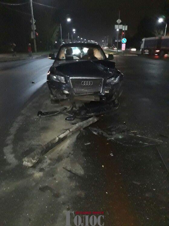 На запорожской набережной произошла масштабная авария: есть пострадавшие (ФОТО)