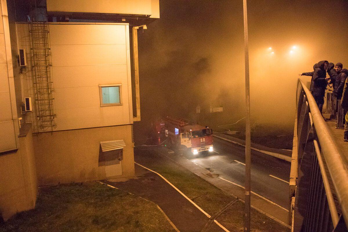 Визвестном гипермаркете столицы Украины произошел масштабный пожар