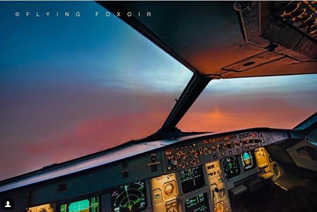 Небо из кабины: популярный в сети пилот поделился потрясающими фото
