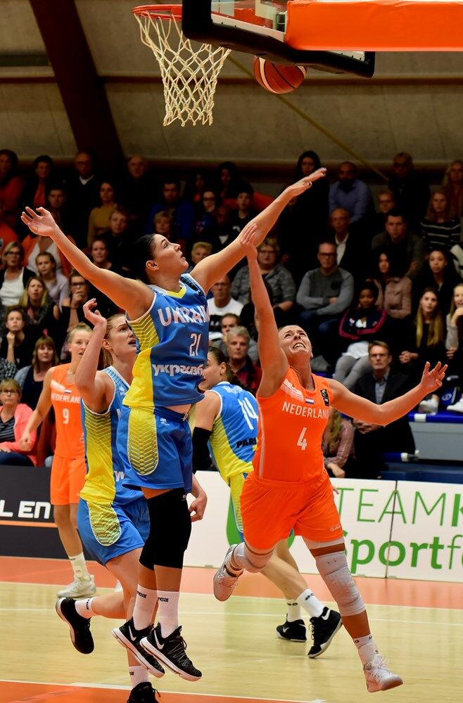 Украинки добыли великолепную победу на старте отбора к Евробаскету-2019