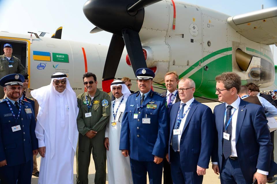Украина показала в Дубае свои новейшие самолеты