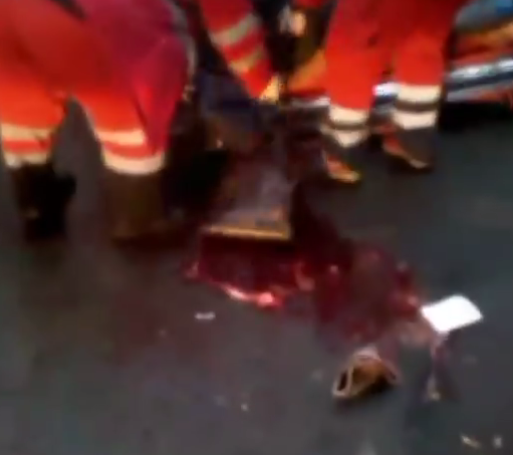 Знайшли в калюжі крові: у Києві хлопцю проломили голову