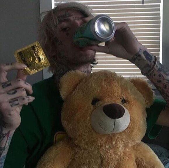 Lil Peep помер: що відомо про 21-річного репера
