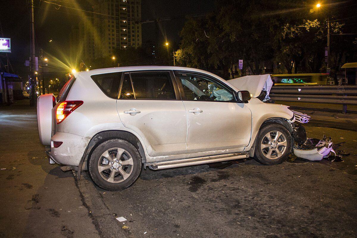 В Киеве пьяный несовершеннолетний устроил ДТП на авто родителей
