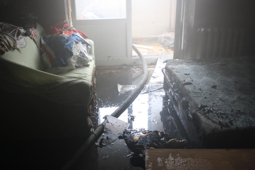 Возле запорожского рынка пылала квартира