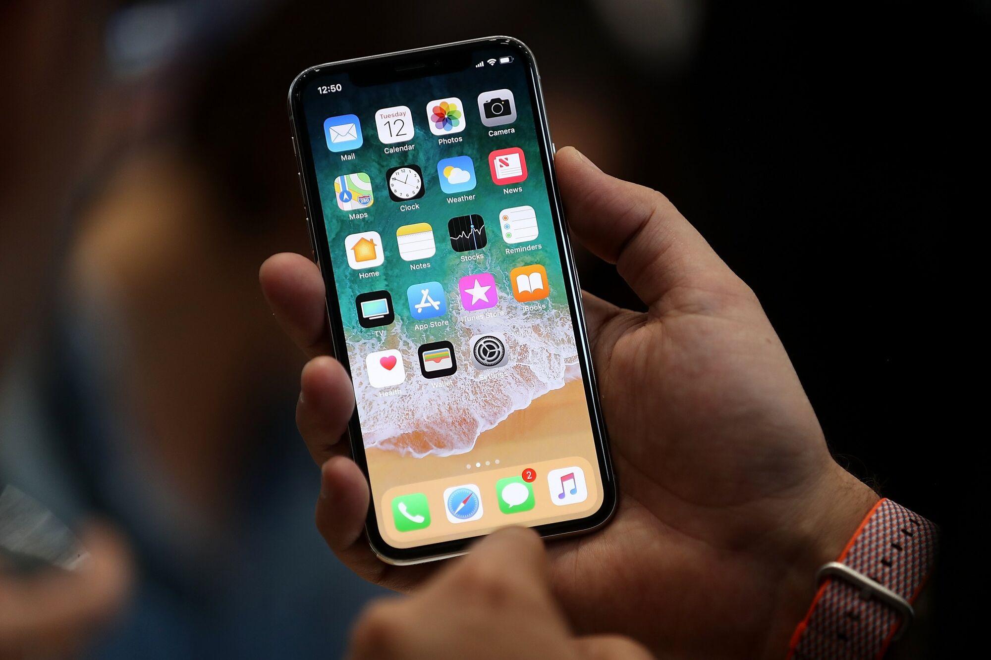 Apple признала малоутешительную особенность iPhone X
